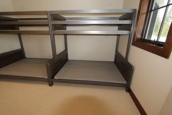 Industrial-Metal-And-Wood-Bunk-Bed-4.jpg