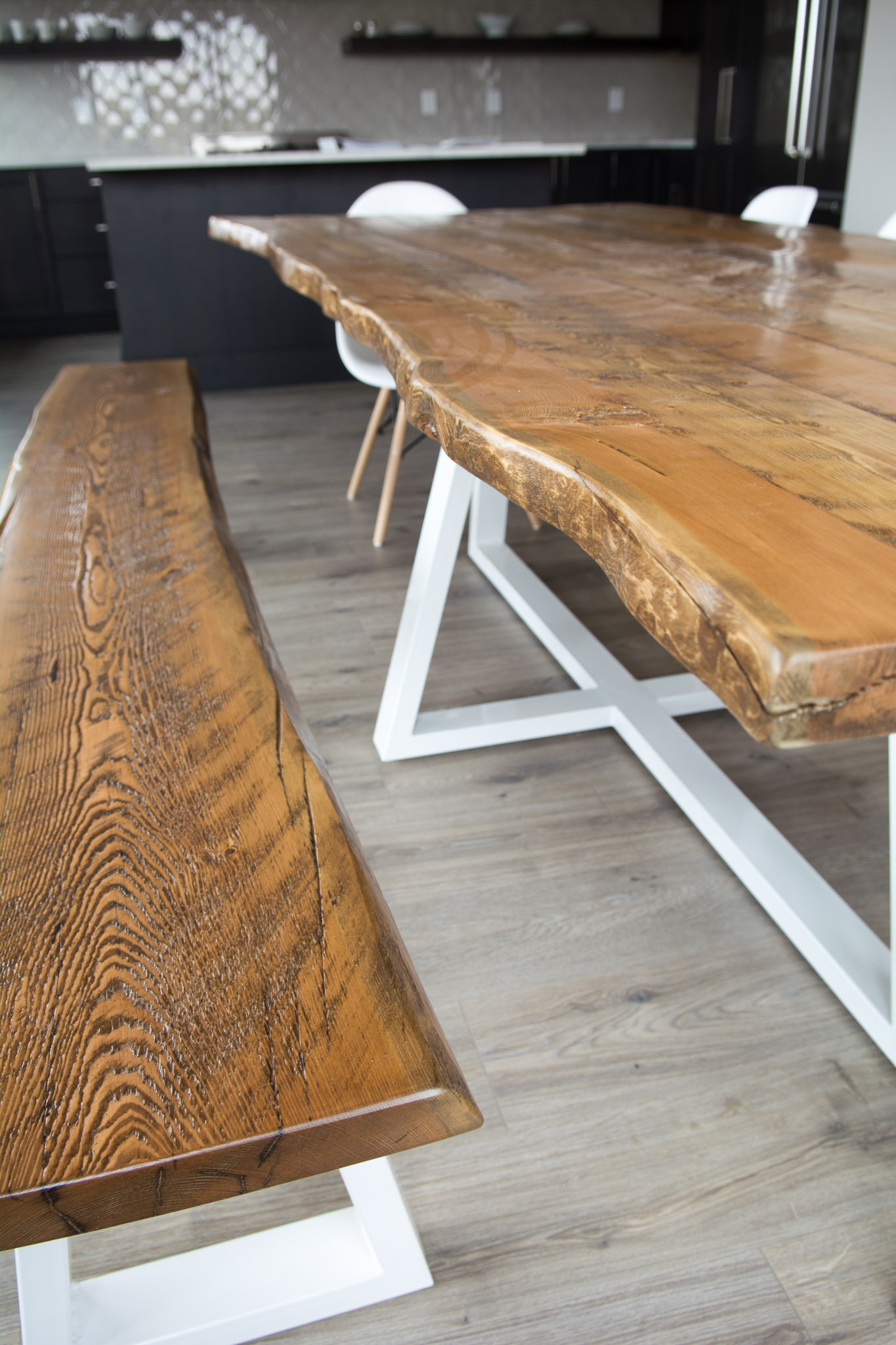 Groovy Modern Live Edge Dining Table With Metal Legs Squirreltailoven Fun Painted Chair Ideas Images Squirreltailovenorg