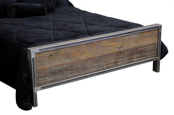 Rustic-Industrial-Metal-And-Wood-Bed-5