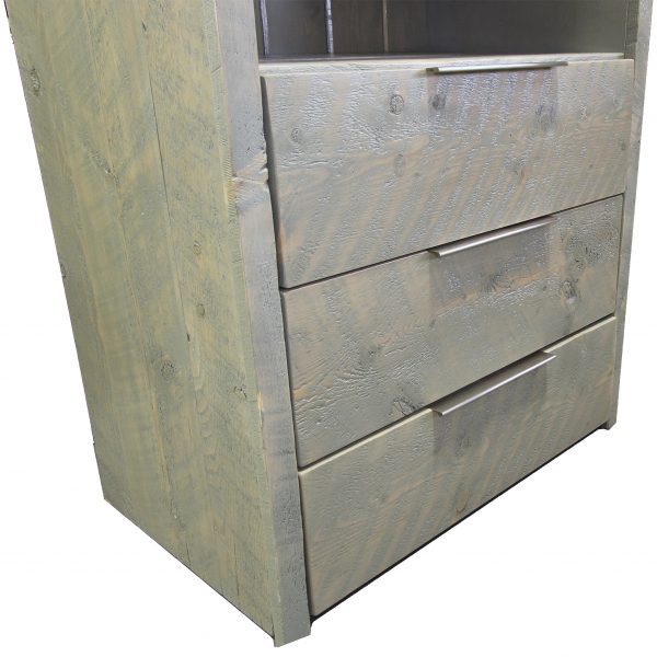 Modern-Rustic-Bathroom-Linen-Cabinet-3