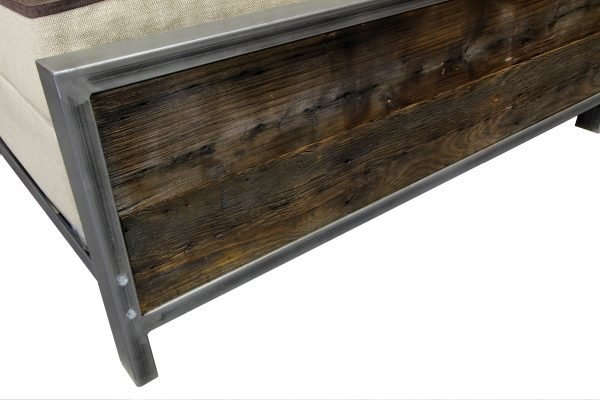 rustic-industrial-metal-and-wood-bed-4