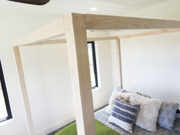 custom-canopy-bed-w_d-sw-ald-4